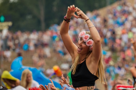 Party girl at Tomorrowland